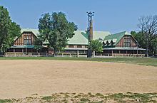 Pulaski Park and Fieldhouse Chicago IL.jpg