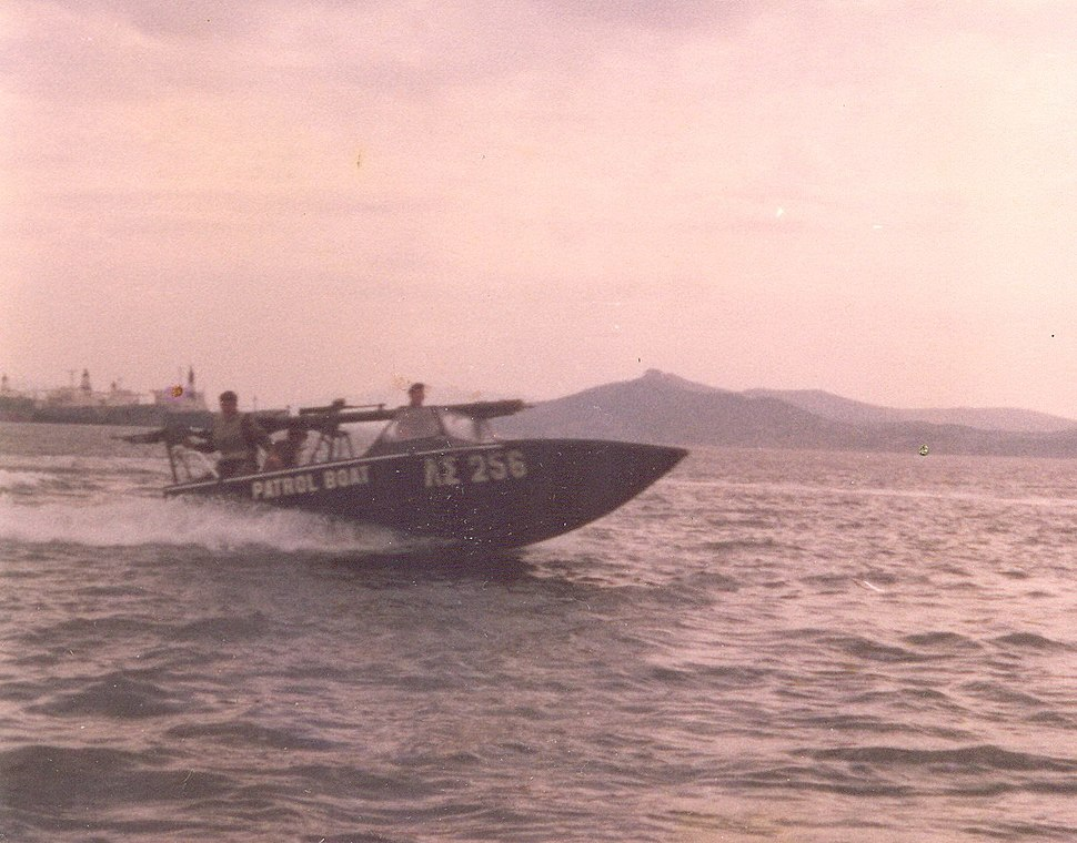 RCL106onboat