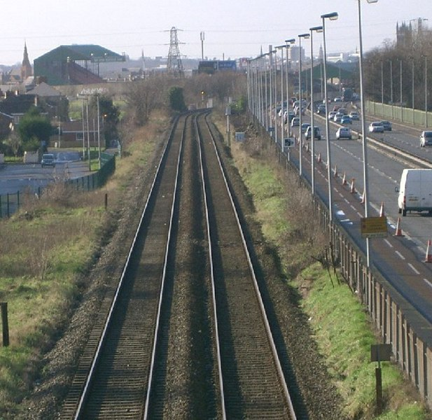File:Railway Line - geograph.org.uk - 119532.jpg