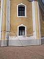 Reformed Church, west side windows, 2017 Várpalota.jpg