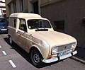 Renault 4L Camionnette (28839707058).jpg