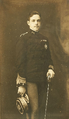 Retrato do Rei D. Manuel II em uniforme (1908) - PHOT. PEREZ-PORTO.png