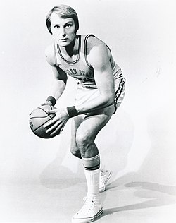 Rick Barry 1972 publicity photo.JPG