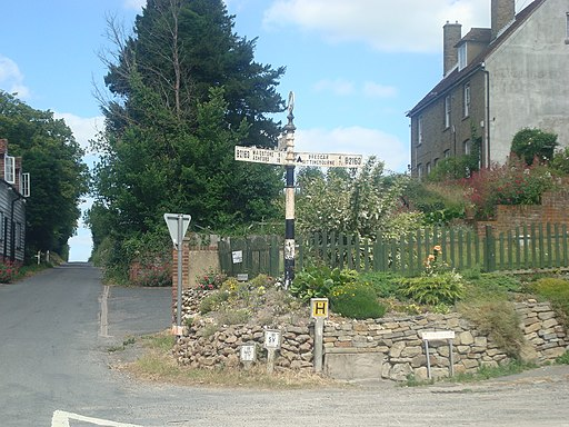 Road sign at Hollingbourne - geograph.org.uk - 1946103