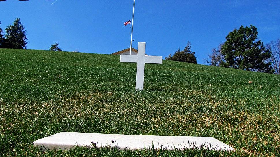 Robert F. Kennedy%27s grave