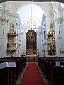 Rodauner Bergkirche Innenansicht.JPG