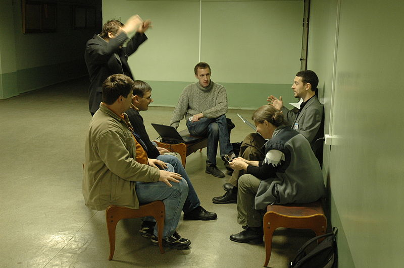 File:RuWiki.Confer.20071028.Informal Discussion.jpg