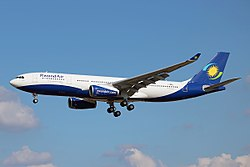 RwandAir Airbus A330-243 on finals into Toulouse.jpg