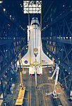 STS-88 Mating in VAB - GPN-2000-000966.jpg