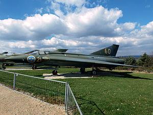 Saab Draken 21 60 pic1.JPG