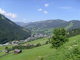 Saalbach from above.jpg