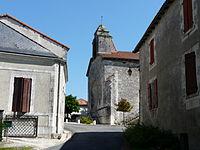 Saint-Pardoux-de-Drône village.JPG