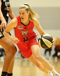 Sami Whitcomb American-Australian basketball player