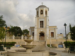 San Lorenzo Plaza and Catholic Church.JPG