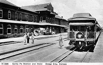 Chief (train) - The Chief in 1929 at the Dodge City, Kansas depot.