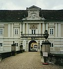 Schloss Rohrau.JPG