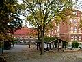 Schule-Ernst-Henning-Straße02.jpg