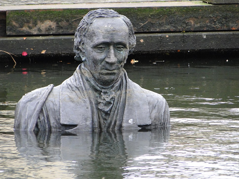 Sculpture of Hans Christian Andersen in odense harbor 2