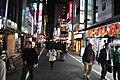 Shinjuku 05 (15708119156) (2).jpg
