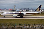 Singapore Airlines, 9V-SVC, Boeing 777-212 ER (30357876297).jpg
