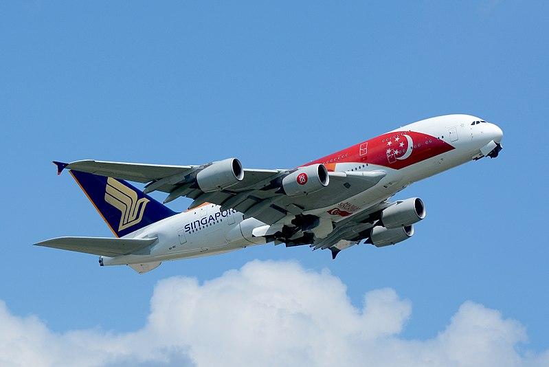 Singapore Airlines, Airbus A380-800 9V-SKI %2750th anniversary of Singapore%27 NRT (20786371995).jpg