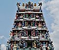 Singapore Tempel Sri Mariammam Gopuram 3.jpg