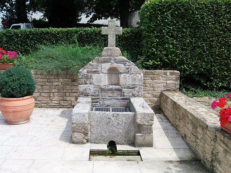 Troisième fontaine (la plus au sud).