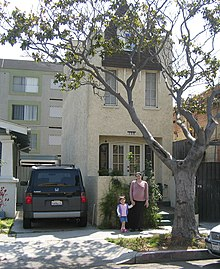 The Skinniest House In America Located At 708 Gladys Avenue Long Beach California