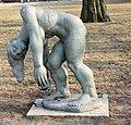 Skulptur Luisenhain (Köpe) Die-sich-Erhebene.jpg