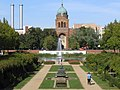 St Michael Berlin mit Luisenstaedtischer Kanal.JPG