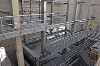 Stahlbau mit Gitterrosten.JPG