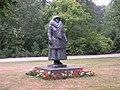 Standbeeld wilhelmina in wilhelminapark.JPG