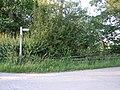 Start of the footpath past Castle Farm - geograph.org.uk - 481949.jpg