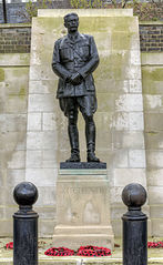 Statue of the Earl Kitchener