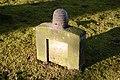 Stein auf dem Friedhof in Itzehoe NIK 4774.JPG
