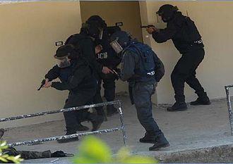Albanian Police - Image: Sterff
