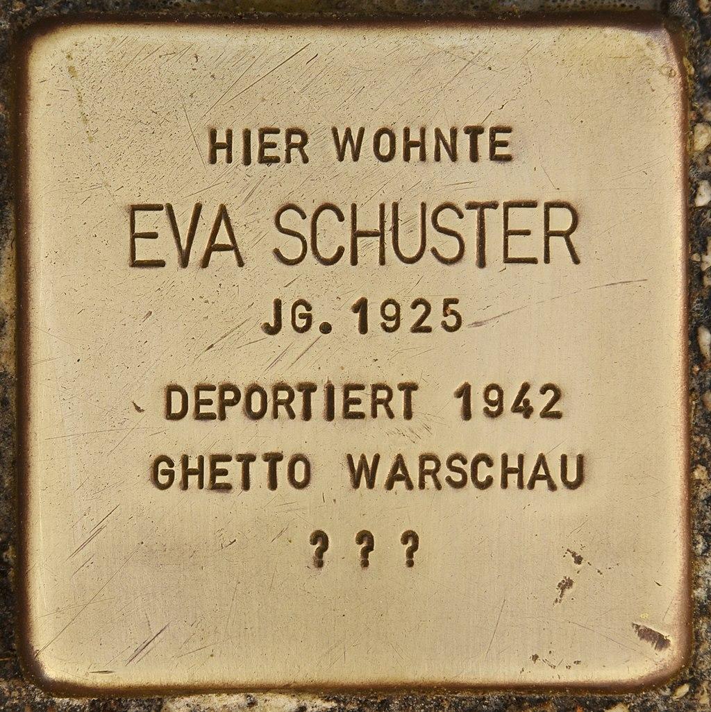 Stolperstein für Eva Schuster (Bernau).jpg