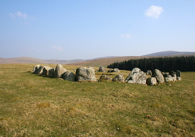 Stone circle on Moel Ty-uchaf - geograph.org.uk - 385370