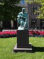 Store Strandstræde - statue.jpg