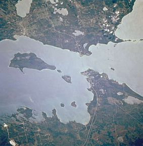 Straits of Mackinac.JPG