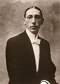 http://upload.wikimedia.org/wikipedia/commons/thumb/d/db/Stravinsky_Igor_Postcard-1910.jpg/200px-Stravinsky_Igor_Postcard-1910.jpg