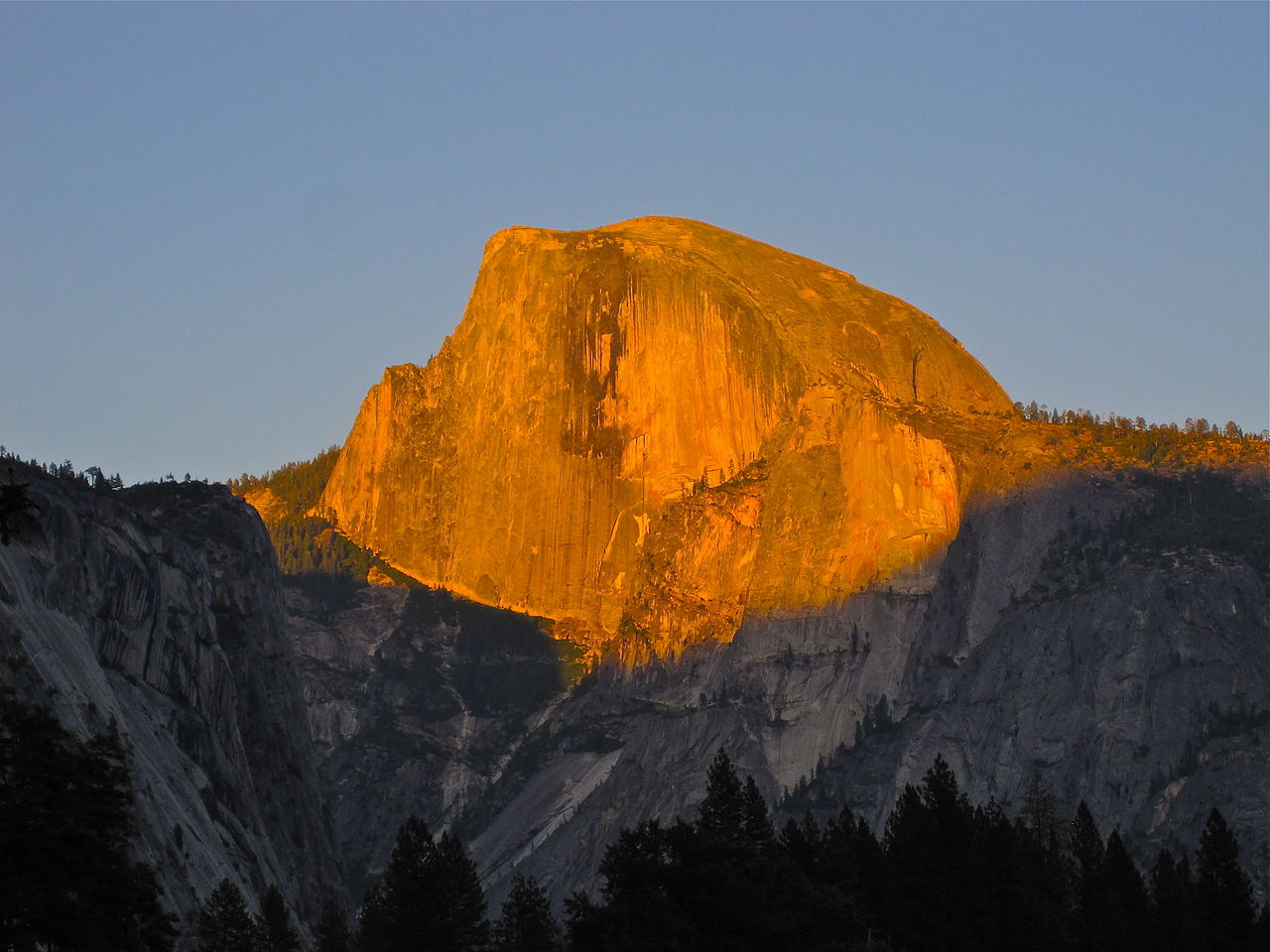 File sunset half dome wikipedia Sunset lodge