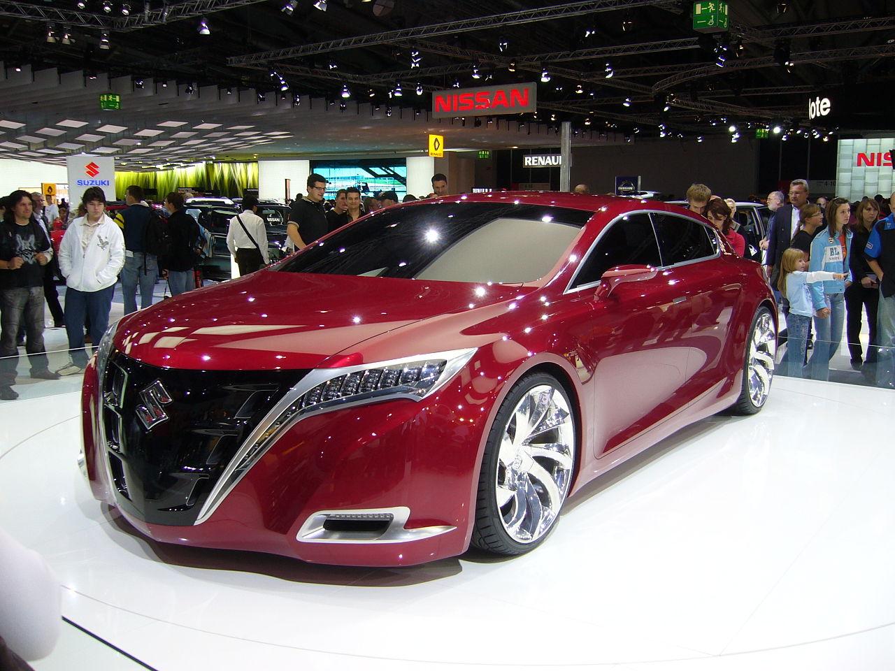 https://upload.wikimedia.org/wikipedia/commons/thumb/d/db/Suzuki_Concept_Kizashi_Front03.JPG/1280px-Suzuki_Concept_Kizashi_Front03.JPG