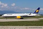 TF-FIV Boeing B757-208 B752 - ICE (20753857733).jpg