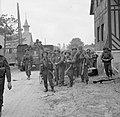 The British Army in Normandy 1944 B5039.jpg