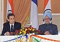 The President of France, Mr. Nicolas Sarkozy and the Prime Minister, Dr. Manmohan Singh, at the joint press conference, in New Delhi on December 06, 2010.jpg