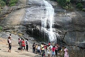 Thusharagiri Falls - Image: Thusharagiri water falls