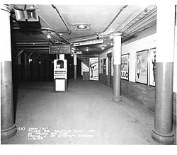 A view of the northbound platform Track 4 in 1958
