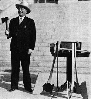 Tom Berry - Berry in 1933