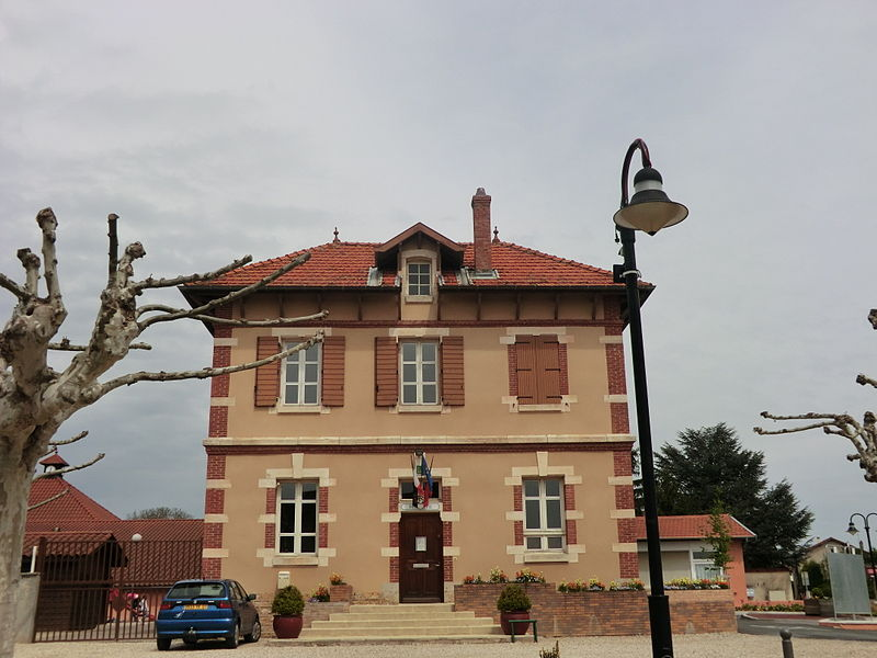 Town hall of Tramoyes.